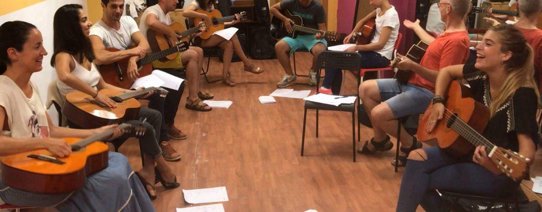 Clases de Guitarra en Grupo